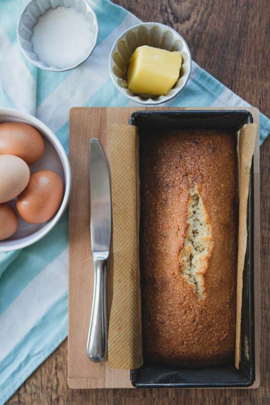 quatre-quarts French pound cake