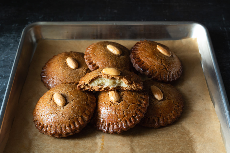 Dutch gevulde speculaas almond filled spice cookies